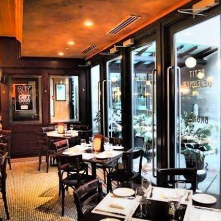 Métropolitain Brasserie Restaurant Photo